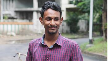 'কলকাতা থেকে ঢাকার বইমেলা বেশি প্রাণবন্ত'
