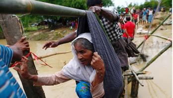 রোহিঙ্গা : মিয়ানমারের বিরুদ্ধে নিষেধাজ্ঞার কথা ভাবছে যুক্তরাষ্ট্র