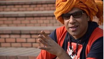 আমি বাজারি সিনেমা বানাচ্ছি না: টোকন ঠাকুর