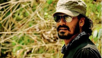 চলচ্চিত্রকার খিজির হায়াতকে হত্যার পরিকল্পনা : দুই জঙ্গি রিমান্ডে