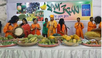 জাতীয় প্রেসক্লাবে ফল উৎসব অনুষ্ঠিত