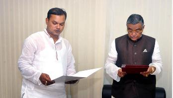 বগুড়া জেলা পরিষদের নবনির্বাচিত সদস্যের শপথ
