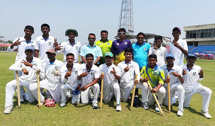 অনূর্ধ্ব-১৬ ক্রিকেটের ফাইনালে খুলনা