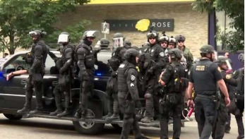 Far right rallies in US city amid violence fears