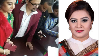 Helena Jahangir submits nomination form