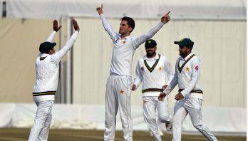 রাওয়ালপিন্ডি টেস্টে ঘুরে দাঁড়িয়েছে পাকিস্তান