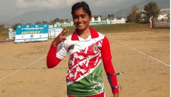 Girl who escaped from wedding stage wins hat-trick gold medal