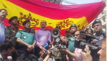 সু-প্রভাত বাস রাজধানীতে চলবে না : ডিএমপি কমিশনার