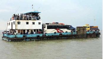 শিমুলিয়া-কাঁঠালবাড়ী নৌরুটে ফেরি চলাচল ব্যাহত