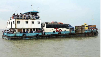 Ferry services disrupted on Shimulia-Kathalbari route