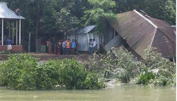 Meghna erosion threatens existence of Charmadhua