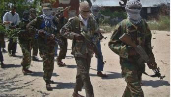 12 dead as gunmen storm Somali hotel