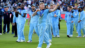 Stokes plays crucial role against motherland