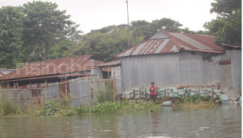 Flood hits 13 upazilas in Sylhet