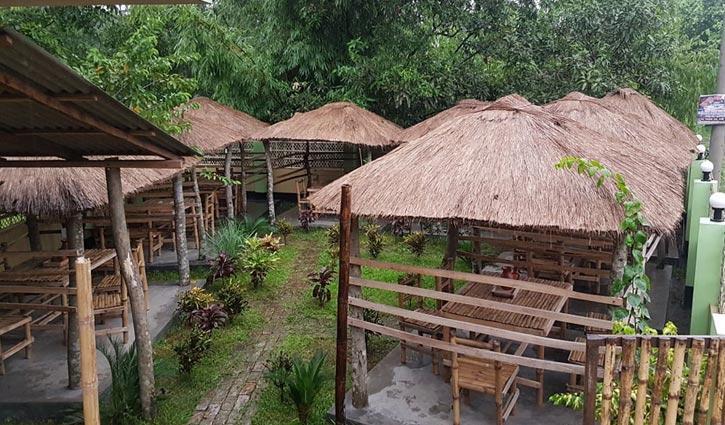 দারুণ প্রশান্তির 'শনের ঘর'