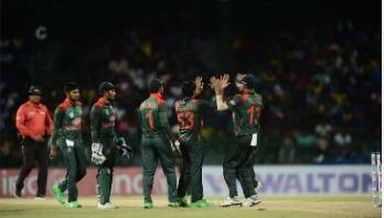 Mushfiq lifts Bangladesh to 238