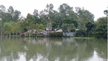 সিরাজগঞ্জে নতুন নতুন এলাকা প্লাবিত