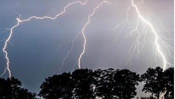 Lightning strikes claim 9 lives