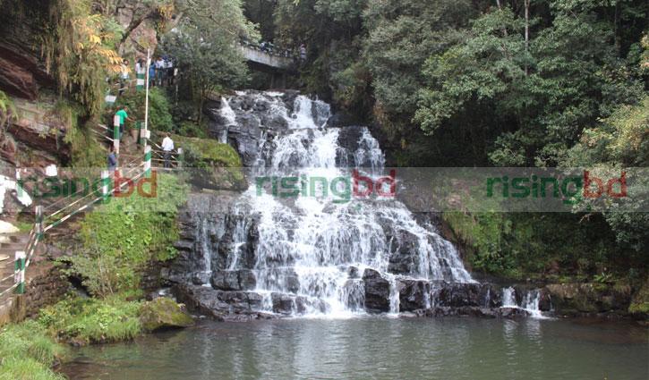 ঈদের ছুটিতে শিলং-চেরাপুঞ্জি ভ্রমণ গাইড