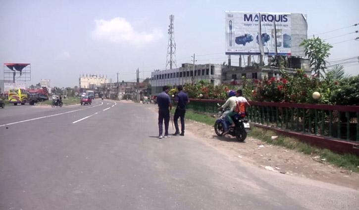 ঢাকা-চট্টগ্রাম মহাসড়কে যানজট নেই