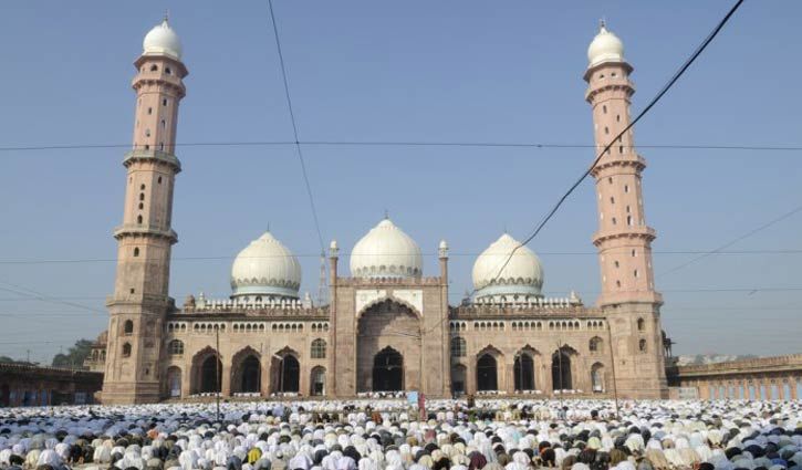 বিশ্বের সবচেয়ে বড় মসজিদ