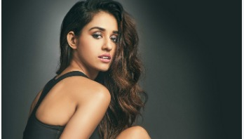 Disha injures her knees as she rehearses for song