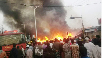 35 shops gutted in fire