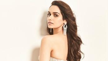 Miss World Manushi to star opposite Akshay Kumar
