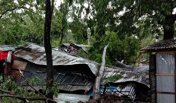 Cyclone Bulbul: 3 killed in Khulna, Patuakhali