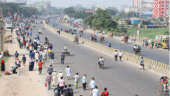ঢাকায় গণপরিবহন সংকট, ভোগান্তি