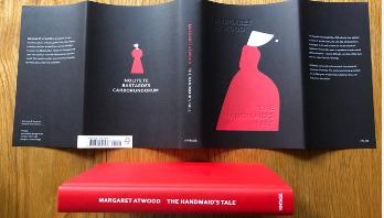 দ্য হ্যান্ডমেইড'স টেল: অ্যাটউডের ডেসটোপিয়ান উপন্যাস