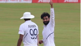 Jadeja fastest left-arm bowler to 200 Test wickets