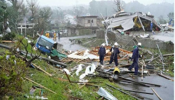 Japan hit by biggest typhoon in decades