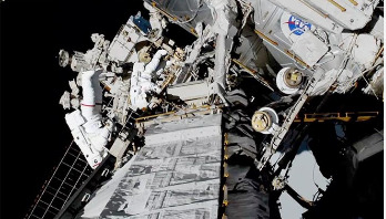 Nasa astronauts complete first all-women spacewalk