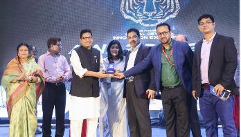 Walton gets manufacturing achievement award