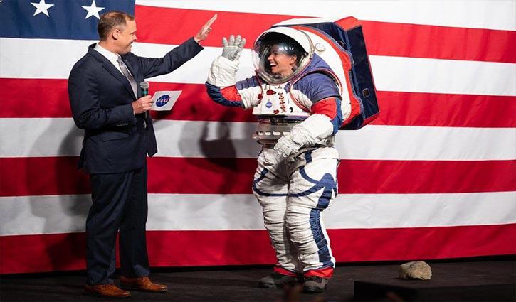 Nasa unveils new spacesuit for next Moon landing