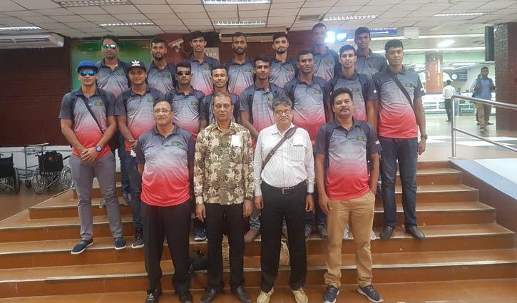 সিঙ্গাপুর পৌঁছেছে বাংলাদেশ জাতীয় বাস্কেটবল দল