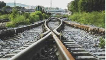 50 killed after train derails