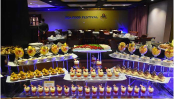 Sea food festival begins in Peninsula Chattogram