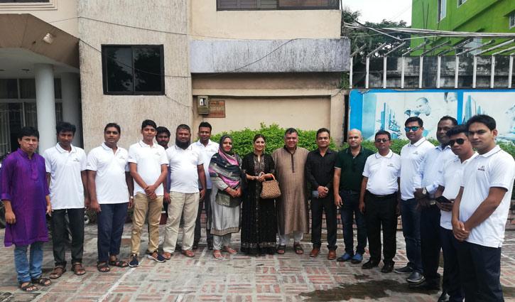 রংপুরে মার্সেল হা-শো'র অডিশনে আগ্রহীদের ভিড়