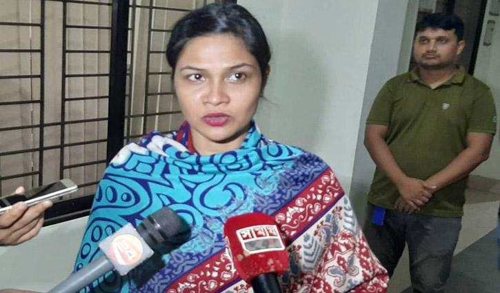 বিমান ছিনতাইচেষ্টা: চিত্রনায়িকা সিমলাকে জিজ্ঞাসাবাদ