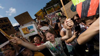 Thousands of youths join climate rallies