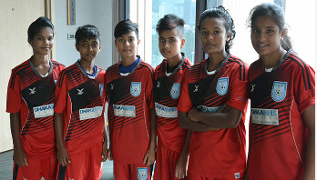 Bangladesh girls face Thailand this evening