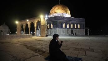 খুলে দেওয়া হলো আল-আকসা মসজিদ