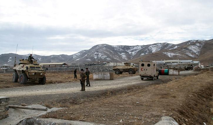 আফগানিস্তানে আত্মঘাতী বোমা হামলায় নিহত ৩০