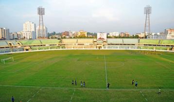 ফ্লাড লাইটের আলোয় ফুটবল ফিরছে চট্টগ্রামে