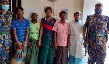 ক্যাম্পে মাদ্রাসা নির্মাণ: রোহিঙ্গাসহ ৬ জনকে জেল-জরিমানা