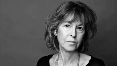'অভ্রান্ত কবিকণ্ঠের' জন্য সাহিত্যে নোবেল পেলেন মার্কিন কবি লুইজ গ্লাক