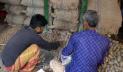 ময়মনসিংহে বেশি দামেই বিক্রি হচ্ছে আলু