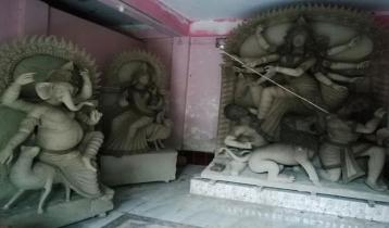 পূর্বধলায় পূজা উদযাপনে করোনার প্রভাব: রাস্তায় হবে না আলোকসজ্জা